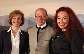 Andrea Csics, Hotel-Managerin in Lans, und Christian Harisch mit PR-Lady Charlotte Sengthaler nach dem Presseempfang.