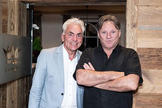 Peter Mayer, Hotelchef und Heinz Hanner